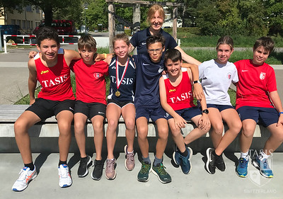 TASIS Middle School Cross Country Team Takes to the Trails