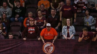 A Hokies fan strongly disagrees with a call that went against Virginia Tech in the second half. (Mark Umansky/TheKeyPlay.com)