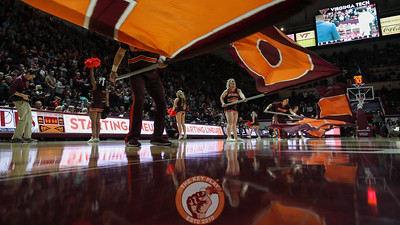 The Virginia Tech cheerleaders participate in pre-game ceremonies. (Mark Umansky/TheKeyPlay.com)