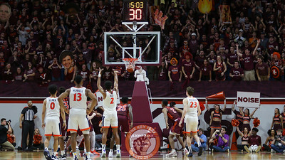 The student section attempts to distract a UVa free throw attempt in the second half. (Mark Umansky/TheKeyPlay.com)