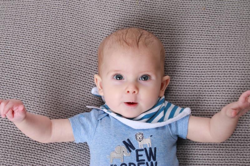 Pierce 6 months 2 days photo shoot