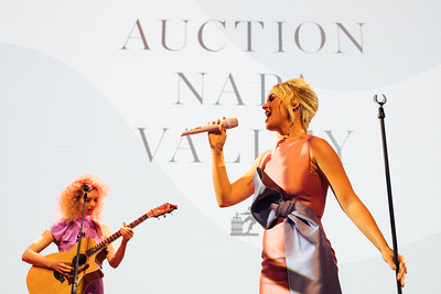 Katy Perry performing at the 2019 Live Auction Celebration