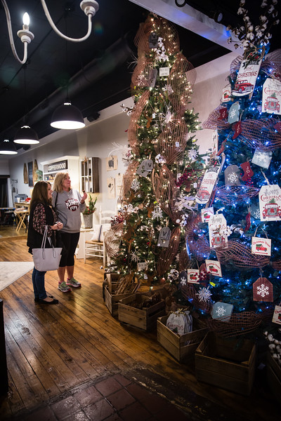 Cartersville Holiday Shopping