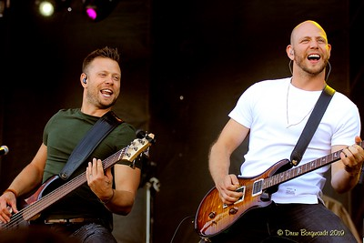 Luke & Brock - Hunter Brothers - Country Thunder 8-19 0702