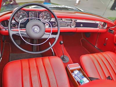Mercedes Benz W113 Pagoda - interior