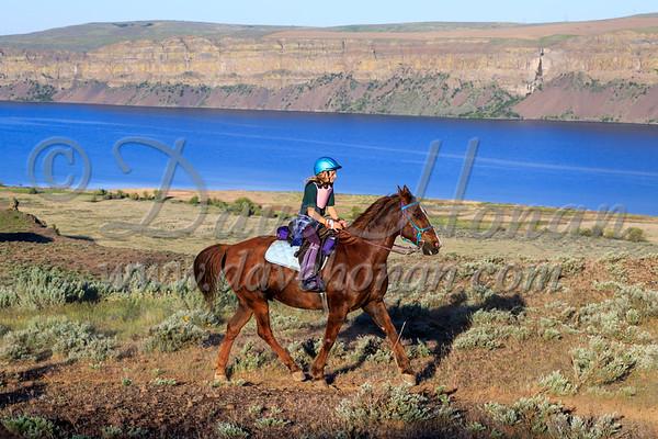 30s and Trail Riders along Banks Lake