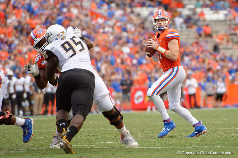 Florida Gators quarterback Kyle Trask (11) throws a touchdown to Florida Gators tight end Kyle Pitts (84) as the Gators defeat the Towson Tigers 38-0 at Ben Hill Griffin Stadium in Gainesville, Florida on September 28th, 2019 (Photo by David Bowie/Gatorcountry)