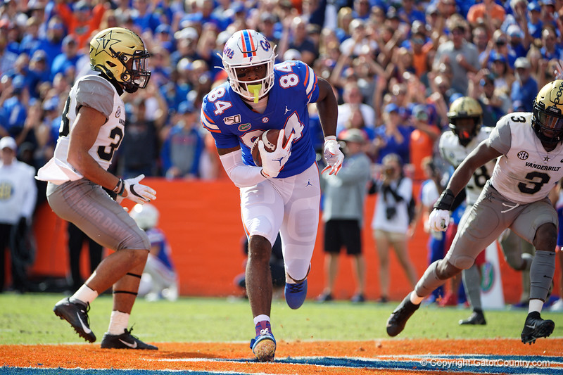 Florida Gators tight end Kyle Pitts (84) catches a touchdown pass as the Gators faced and defeat the Vanderbilt Commodores 56-0 at Ben Hill Griffin Stadium in Gainesville, Florida on November 9th, 2019 (Photo by David Bowie/Gatorcountry)
