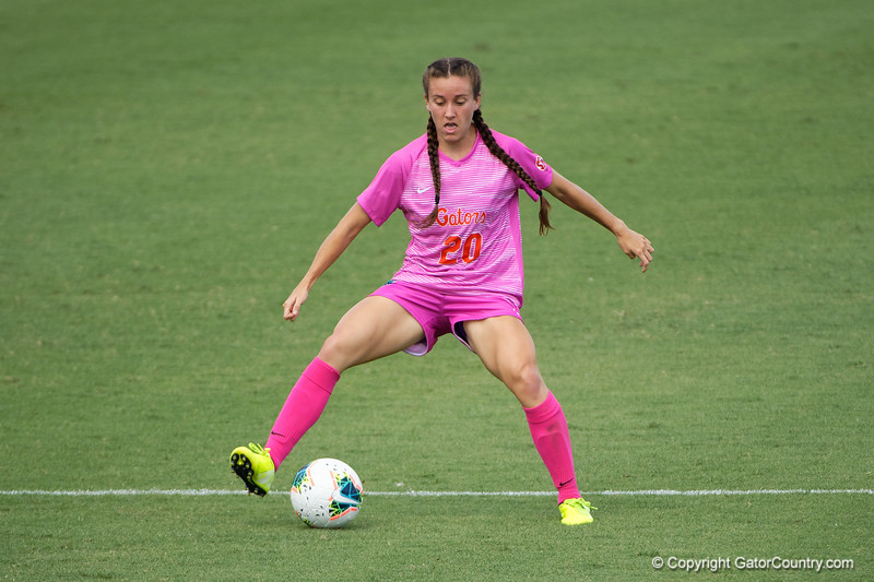 Florida Gators defender Julia Lester (20) as the Gators defeat the Kentucky Wildcats 4-2 at Donald R. Dizney Stadium in Gainesville, Florida on October 13th, 2019 (Photo by David Bowie/Gatorcountry)