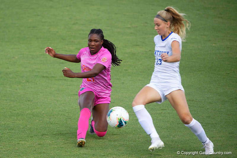 Florida Gators forward Deanne Rose (21) as the Gators defeat the Kentucky Wildcats 4-2 at Donald R. Dizney Stadium in Gainesville, Florida on October 13th, 2019 (Photo by David Bowie/Gatorcountry)