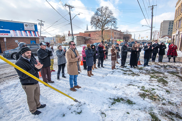 James Neiss/staff photographer <br /> Niagara Falls, NY -  A nice crowd showed up for the blessing of the workers at the new Daybreak Center under construction next to Heart, Love & Soul.