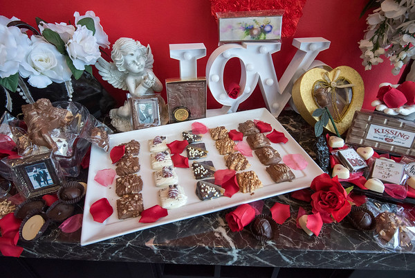 James Neiss/staff photographer <br /> Niagara Falls, NY - Niagara Chocolate is ready for Valentines Day.