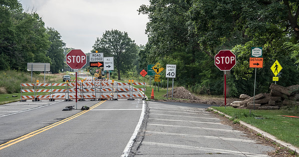 James Neiss/Staff Photographer<br /> Niagara Falls, NY - The Niagara Scenic Parkway Findlay Avenue entrance is closed to North Bound traffic due to construction work. Southbound traffic has been re-routed to the old Whirlpool Avenue exit. Those wishing to head north or visit Whirlpool State Park must use the Devils Hole entrance to the Parkway.