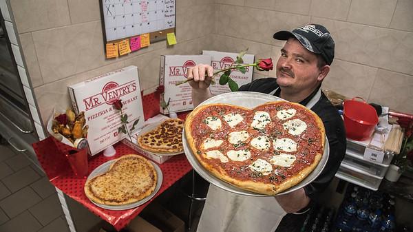 190212 Valentine Pizza 1