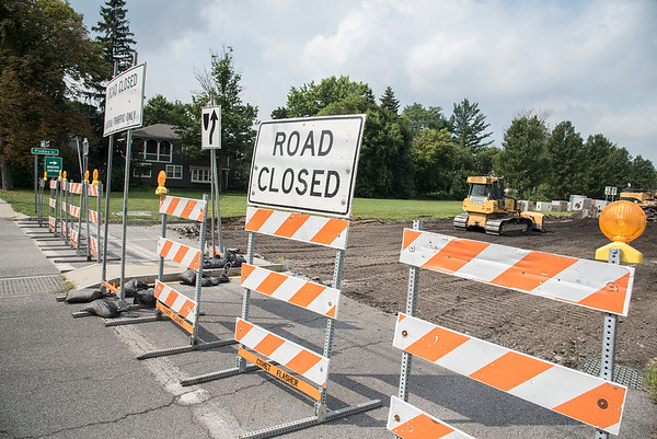 James Neiss/Staff Photographer<br /> Niagara Falls, NY - The Niagara Scenic Parkway Findlay Avenue entrance is closed to North Bound traffic due to construction work.