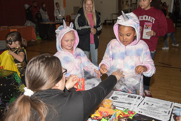 191024 Trunk or Treat 1