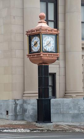 191212 Landmark Clock 5