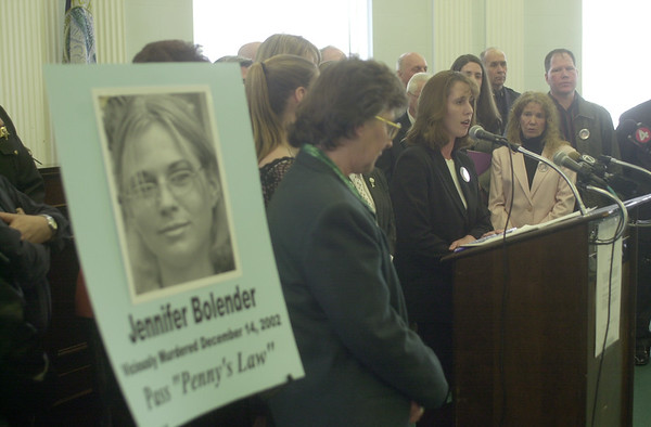 """030306 Pennys Law/ James Neiss Photo/ Story/ NF - Tina Balasano, the mother of Jennifer Bolender who was killed on a Lasalle Expressway pedestrian bridge speaks out for support for """"Penny's Law"""" during a press conference at City Hall."""