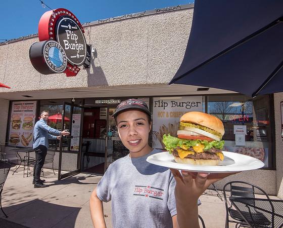 190508 Explore Flip Burger 1