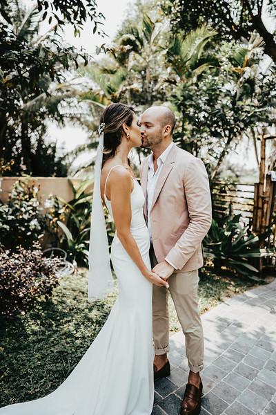 Hoi An Wedding - Intimate Wedding of Angela & Joey captured by Vietnam Destination Wedding Photographers Hipster Wedding-8042