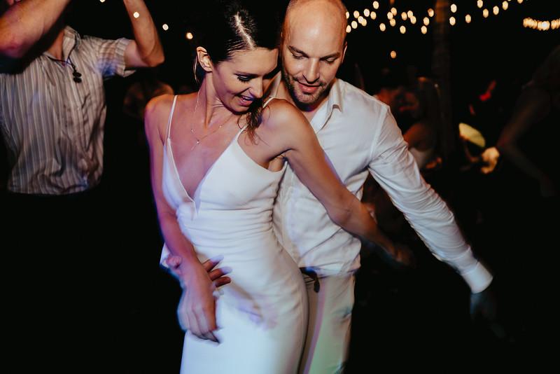 Hoi An Wedding - Intimate Wedding of Angela & Joey captured by Vietnam Destination Wedding Photographers Hipster Wedding-0366