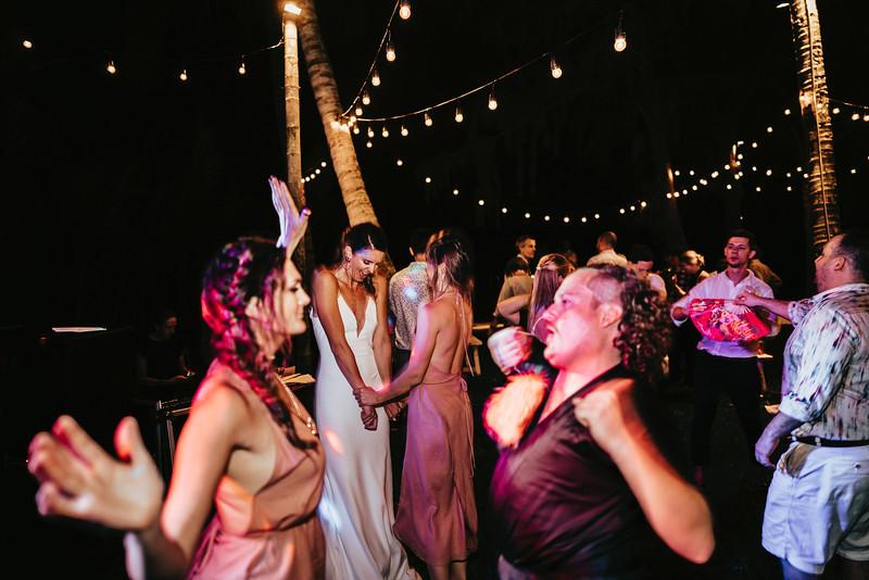 Hoi An Wedding - Intimate Wedding of Angela & Joey captured by Vietnam Destination Wedding Photographers Hipster Wedding-9836
