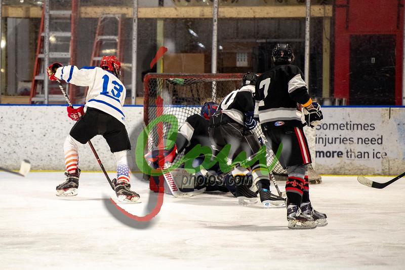 19WtvBlk Hockey1021