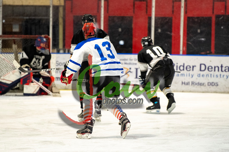 19WtvBlk Hockey1020