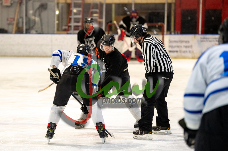19WtvBlk Hockey1005