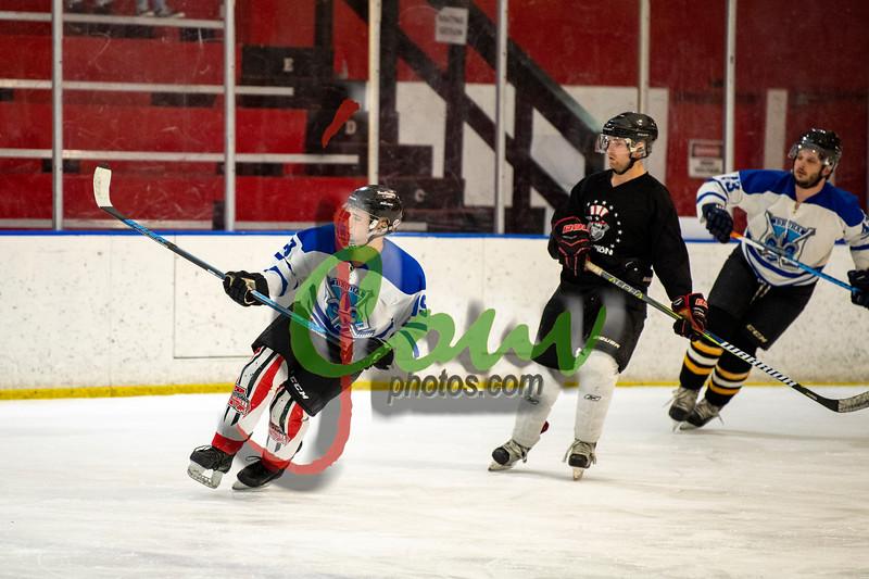 19WtvBlk Hockey1009