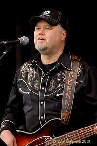 Lyndsay Butler Band - Chinook Bkfst 07-19 D 020