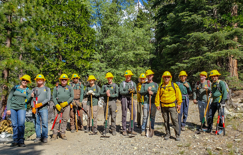 A very successful trail crew.  (by J. Zarate)