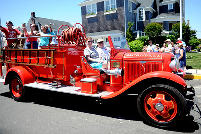 Mantoloking Fire Department vintage antique Ford Fire Truck at the 2019 Fourth of July Parade, in the Boro of Mantoloking, NJ on 07/04/2019. (STEVE WEXLER/THE OCEAN STAR).