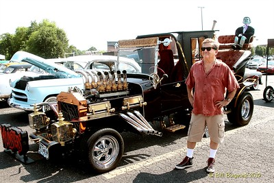 Butch Patrick - Munsters Coach - Car Show - Nashville Boogie 05-19 0661