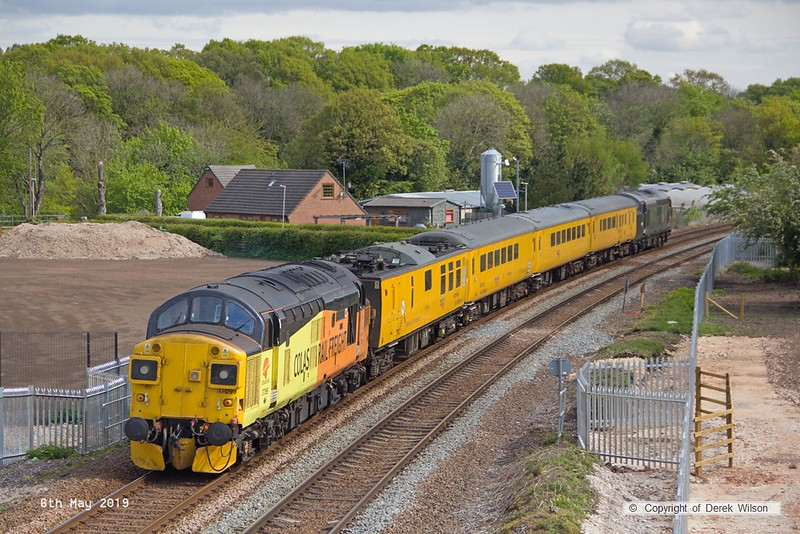 190506-007  Test train 1Q64, 08:53 Derby RTC - Doncaster west yard is captured passing King's Mill footbridge, leading is 37057 in original BR green, whilst at the rear is 37099 Merl Evans.