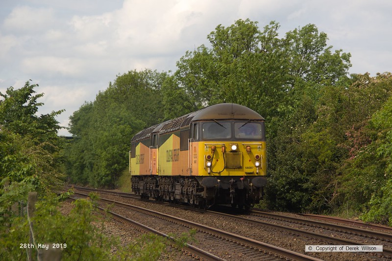 190528-001  Colas Rail Freight class 56 No. 56087 with 56094 'dead in tow' is seen passing Vale Road, Mansfield Woodhouse, running as 0Z94, 13:10 Doncaster, Belmont Down Yard - Nottingham, Eastcroft.