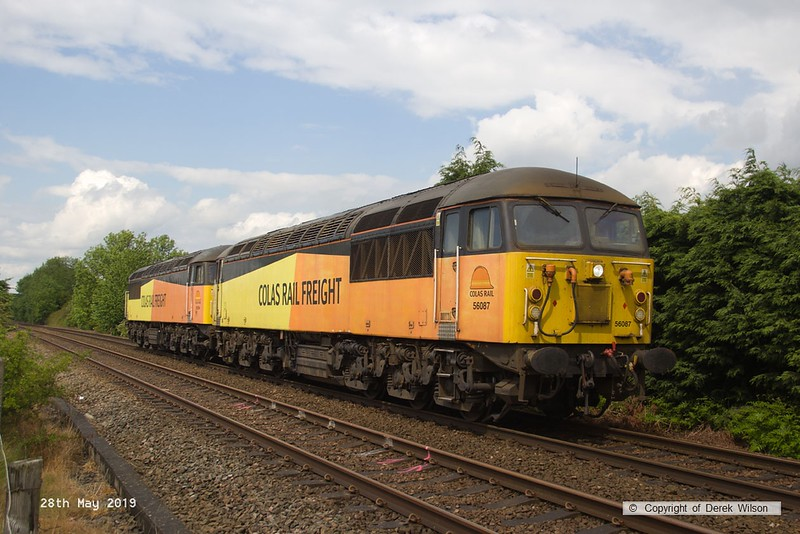 190528-003  Colas Rail Freight class 56 No. 56087 with 56094 'dead in tow' is seen passing Vale Road, Mansfield Woodhouse, running as 0Z94, 13:10 Doncaster, Belmont Down Yard - Nottingham, Eastcroft.