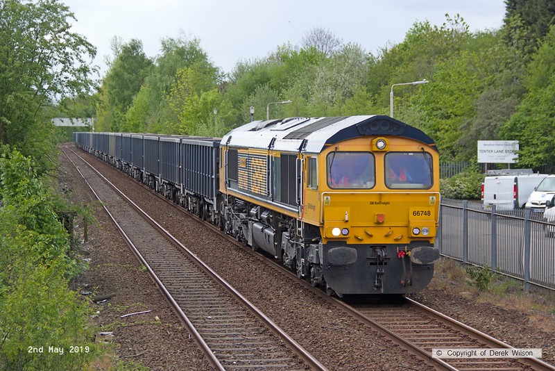 190502-002  GB Railfreight class 66/7 No. 66748 West Burton 50, seen passing Tenter Lane, Mansfield, powering 6E89, 10:10 Wellingborough - Rylstone.