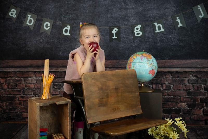 Linquist Back-to-School 2019 (150)Vivienne 1st Grade
