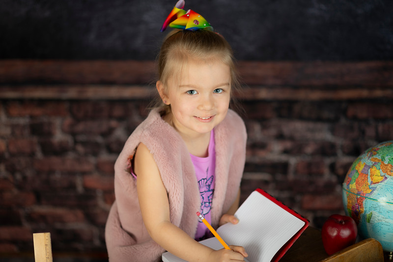 Linquist Back-to-School 2019 (40)Vivienne 1st Grade