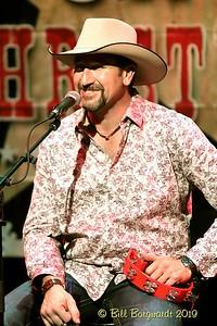 Steve Newsome - Country Christmas - Horizon 11-19 833
