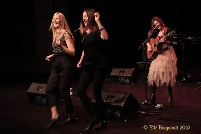 Ennis Sisters - McLab 10-19 307