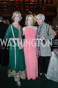 Kathy Kemper, Susan Ginsburg, Marianne Ginsburg. Photo by Tony Powell. 2019 Folger Gala. April 15, 2019
