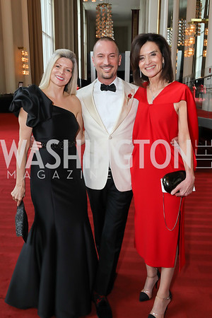 Susi and Eric Larsen, Camille Biros. Photo by Tony Powell. 2019 WNO Spring Gala. Kennedy Center. May 18, 2019