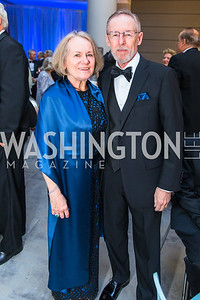 Coralyn Whitney, Dwight Gadd . Photo by Alfredo Flores. National Museum of Natural History Leadership Circle Member Gala. Smithsonian National Museum of Natural History. June 6, 2019
