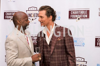 Darrell Green, Matthew McConaughey. Photo by Yasmin Holman. Washington Redskins Lunch 2019. Washington Hilton. 08.28.19