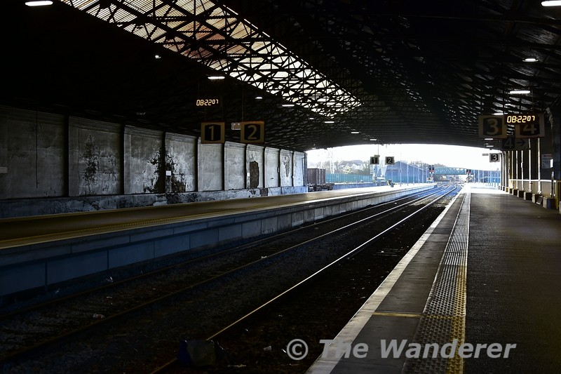 A deserted Limerick Station at 0822. Within 5 minutes this would start to change. Wed 03.04.19