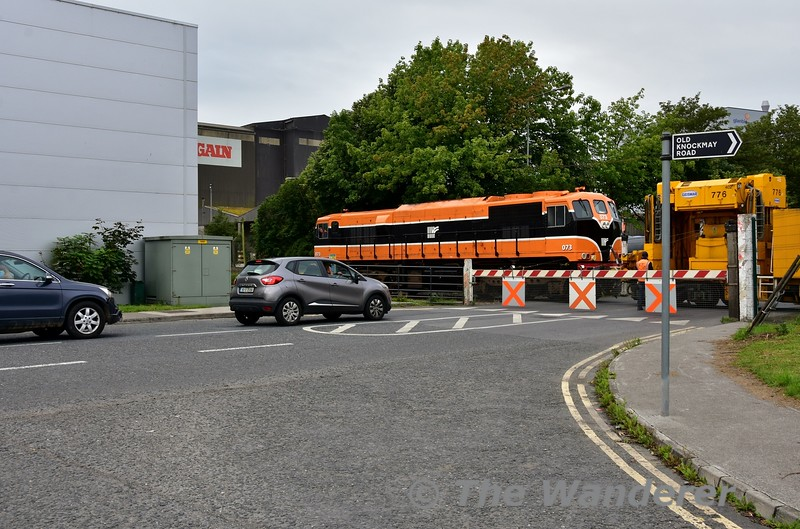 A nice surprise this morning was catching 073 shunting the relay train at Portlaoise Perway Yard. It is pictured at the level crossing at the south end of the yard, which is the stub of the former line to Kilkenny. Tues 20.08.19