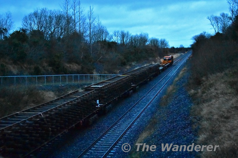 After working at Borris-in-Ossory with the relay train, 071 is pictured passing Pole Bridge south of Portlaoise with the delayed 1420 Ballybrophy - Portlaoise PWD Yard via Lisduff. Thurs 05.12.19
