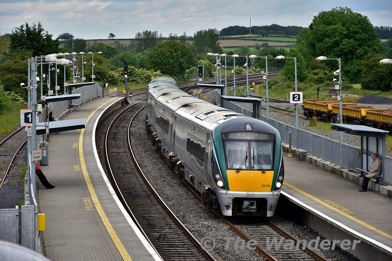 22035 at Portarlington with the 1625 Heuston - Limerick. Tues 11.06.19